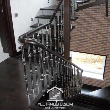 Лестницы на одном металлическом косоуре с больцами г. Электрогорск