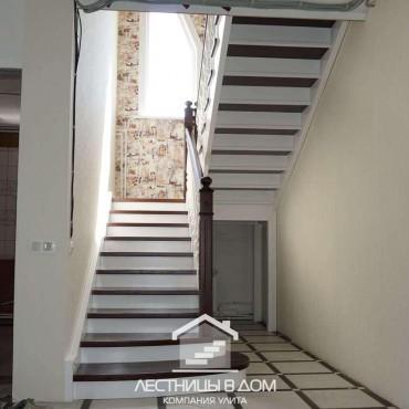 Лестница с комбинированной покраской в г. Электросталь и Московская область