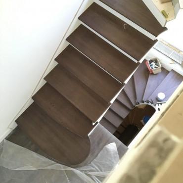 Фото обшивки лестниц 2